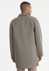 Casual Friday - Short coat - silver mink - 2