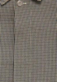 Casual Friday - Short coat - silver mink - 4