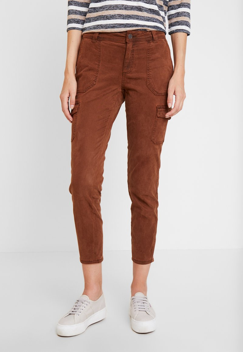 comma casual identity - TROUSERS - Stoffhose - cognac
