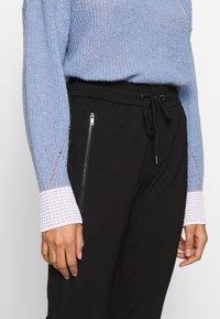 comma casual identity - Pantalones deportivos - black - 4