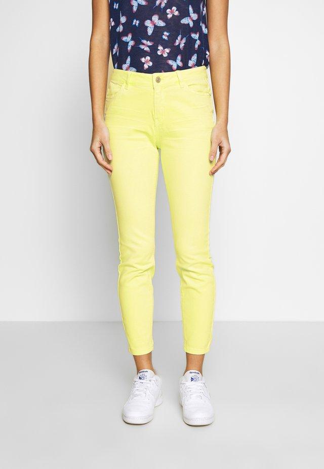 Pantalones - lemon