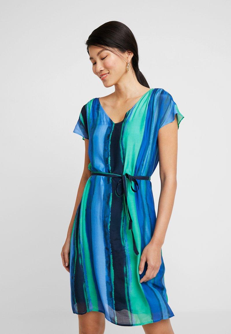comma casual identity - Vestito estivo - blue/green
