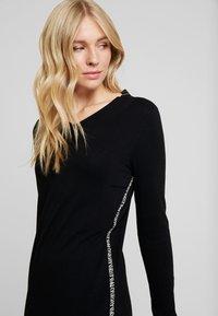 comma casual identity - DRESS SHORT - Strikkjoler - black - 5