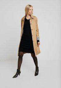 comma casual identity - DRESS SHORT - Strikkjoler - black - 2