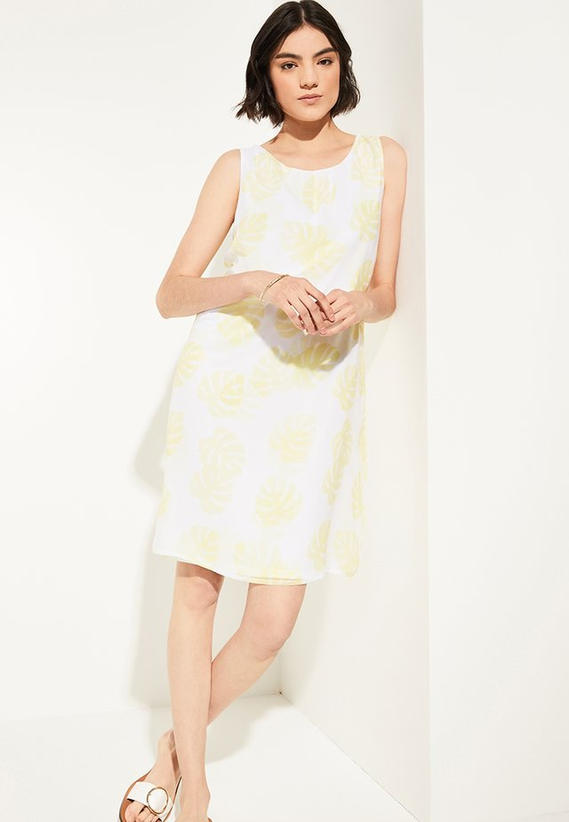 FLORALEM MUSTER - Day dress - yellow leaf