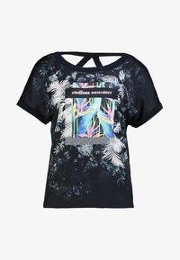 comma casual identity - KURZARM - T-shirt z nadrukiem - blue placed - 4