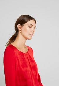 comma casual identity - 3/4 SLEEVE - Blouse - red - 4