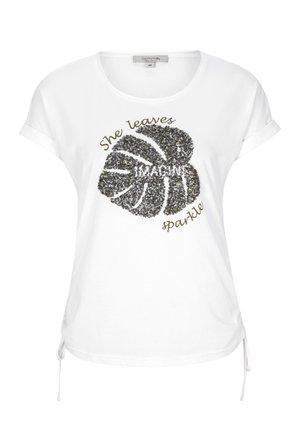 MIT RAFFUNG - Print T-shirt - white sparkle leaf