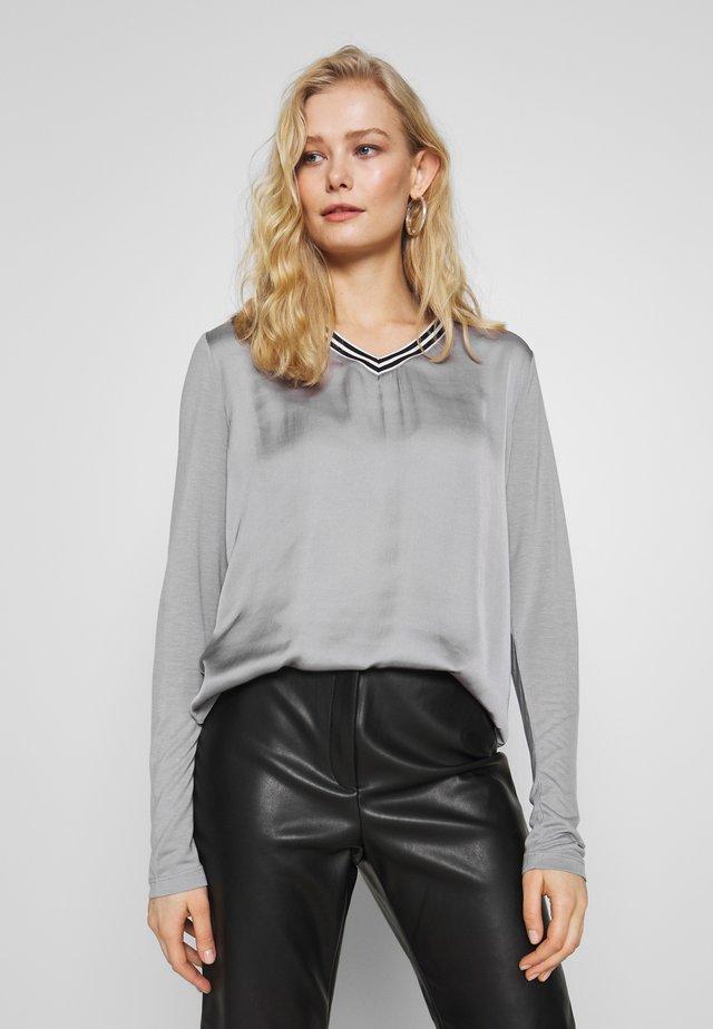 LANGARM - T-shirt à manches longues - grey