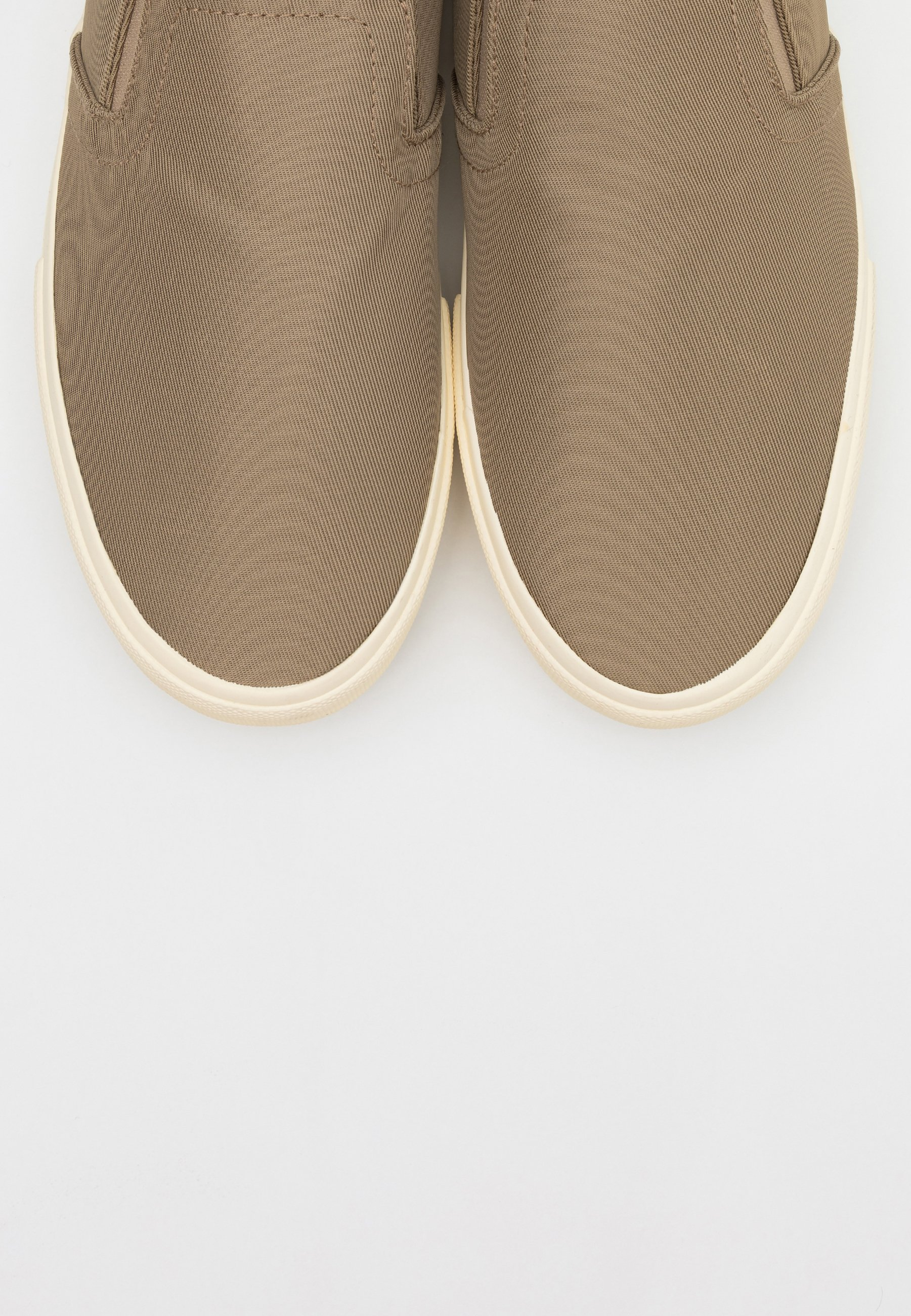 Geringster Preis Cotton On ALEXANDER - Slipper - taupe/offwhite | Damenbekleidung 2020