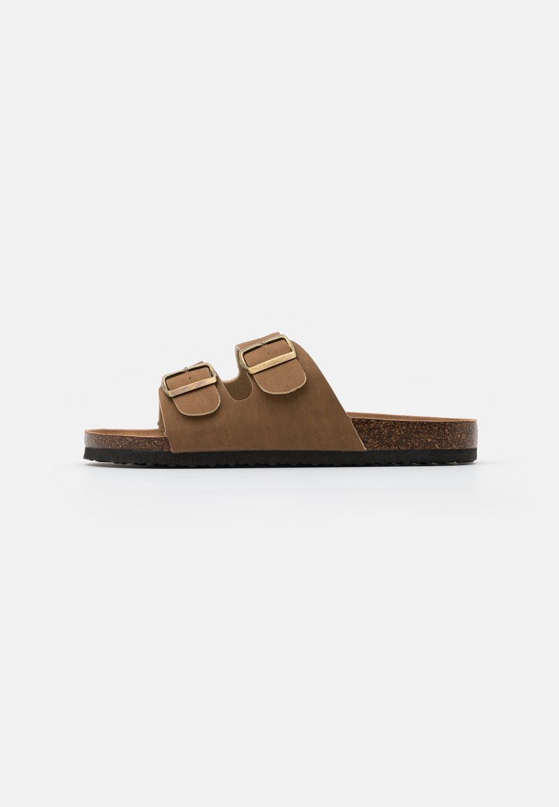 Cotton On - DOUBLE BUCKLE - Chaussons - brown