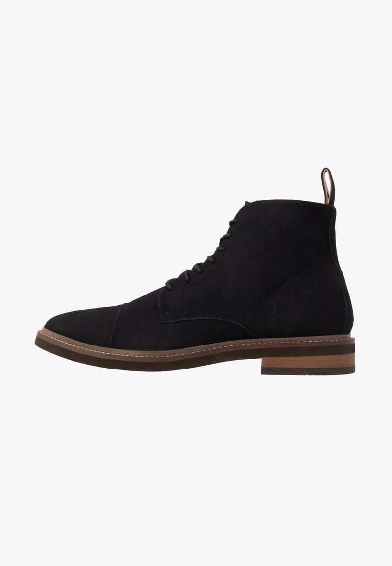 Cotton On - HUTCHISON DRESS BOOT - Šněrovací kotníkové boty - black