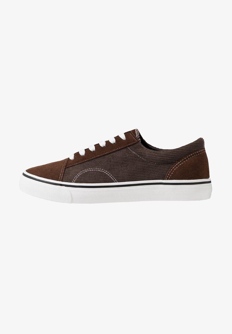 Cotton On - AXEL SHOE - Sneakersy niskie - brown