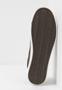 Cotton On - AXEL SHOE - Sneakersy niskie - brown - 4