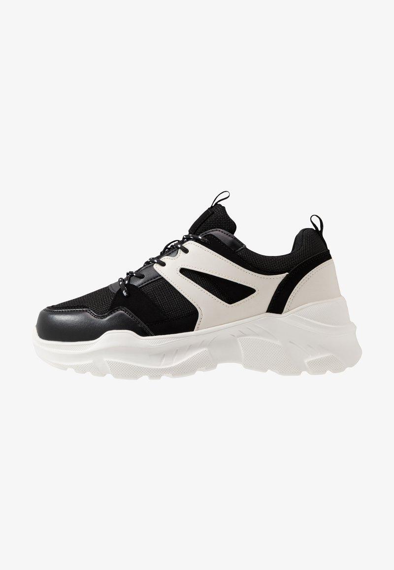 Cotton On - OSKAR CHUNKY - Sneakers basse - black/white