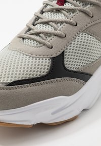 Cotton On - DIMITRI - Trainers - grey/black/white - 5