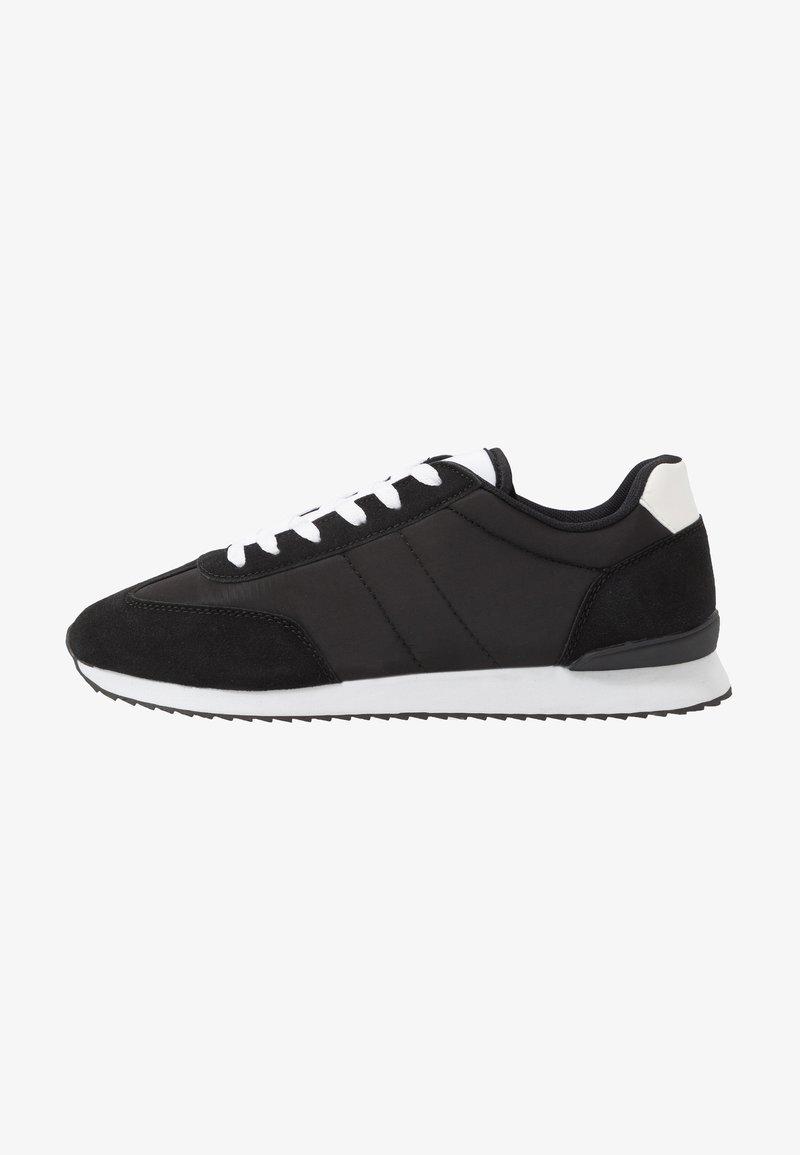 Cotton On - RYAN RETRO TRAINER - Sneakersy niskie - black/white