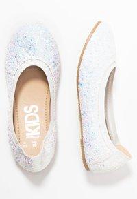 Cotton On - KIDS PRIMO - Ballerina's - white glitter - 1