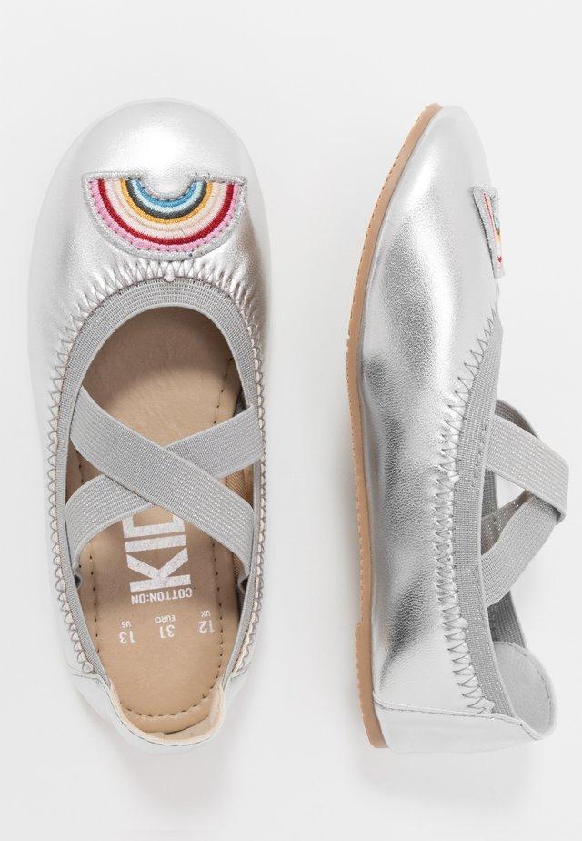 KIDS PRIMO - Ballerinasko - silver