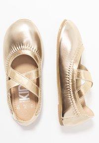 Cotton On - KIDS PRIMO - Ballerina's - elastic crossover - 1