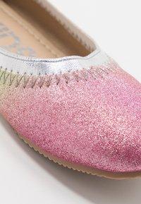 Cotton On - KIDS PRIMO - Baleríny - rainbow glitter - 2