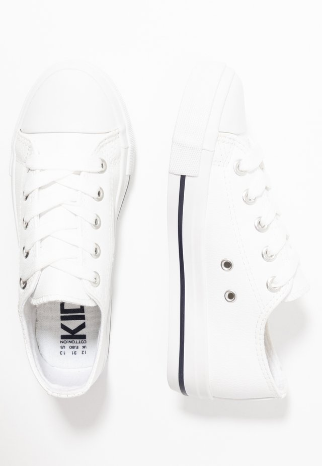 CLASSIC TRAINER LACE UP - Sneakers laag - white smooth