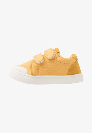 MULTI STRAP TRAINER - Matalavartiset tennarit - honey gold