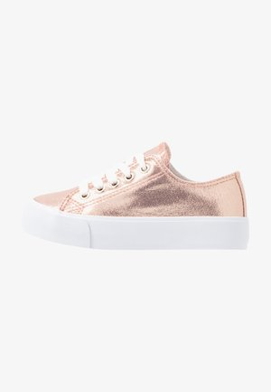 CLASSIC PLATFORM LACE UP - Sneakers - pink metallic