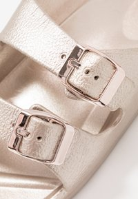 Cotton On - TWIN STRAP SLIDE - Mules - rose gold - 2