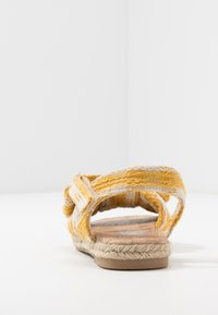 Cotton On - BOW  - Sandály - honey gold - 4