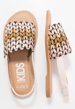 ARTISAN - Sandals - black/multicolor