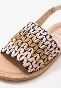 Cotton On - ARTISAN - Sandály - black/multicolor - 2
