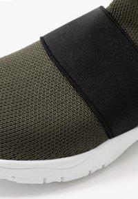 Cotton On - TRAINER - Sneakersy wysokie - khaki - 2