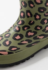 Cotton On - CLASSIC GOLLY - Wellies - olive - 5