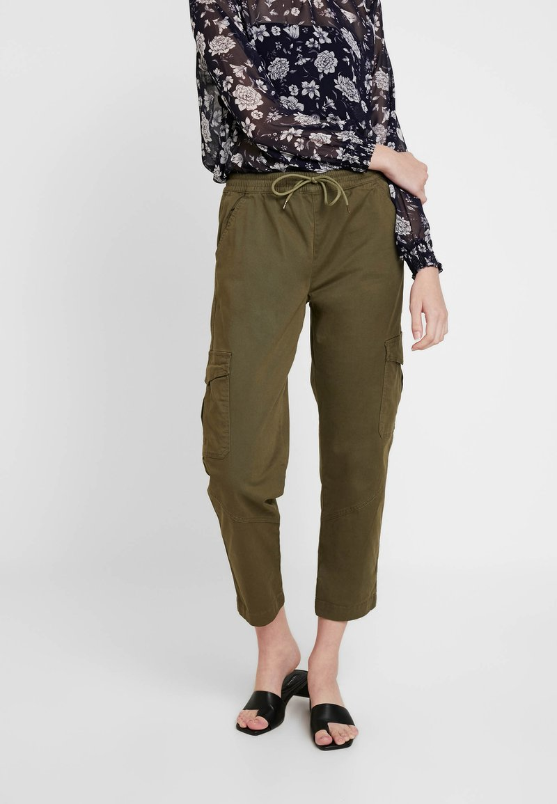 Cotton On - ROLLED HEM CHINO - Broek - burned olive