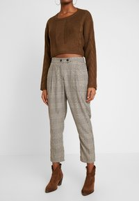Cotton On - AVA TAPERED PANT - Spodnie materiałowe - tortoiseshell - 0