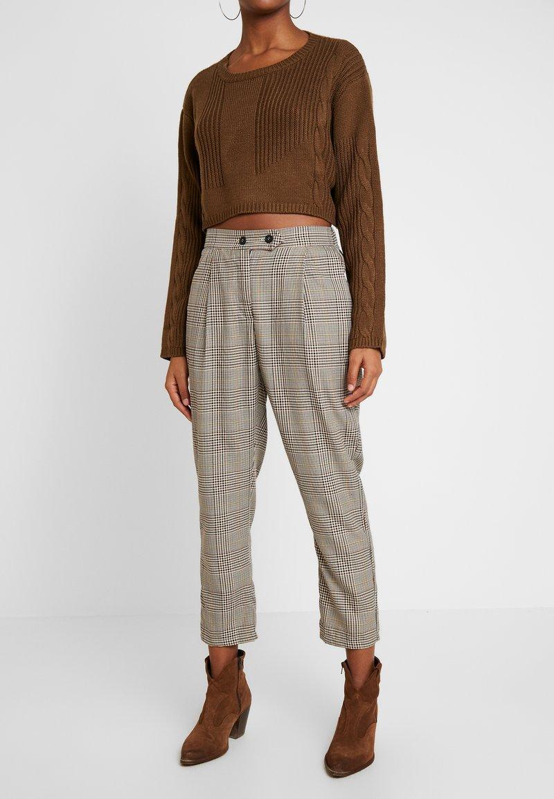 Cotton On - AVA TAPERED PANT - Spodnie materiałowe - tortoiseshell