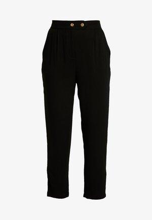 AVA TAPERED PANT - Spodnie materiałowe - black