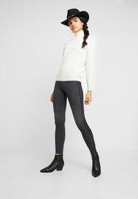 Cotton On - CHELSEA HIGH WAISTED - Legging - emily gingham check - 1