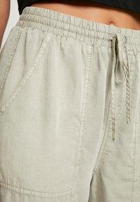 Cotton On - CHELSEA LIGHTWEIGHT - Tygbyxor - washed khaki - 5