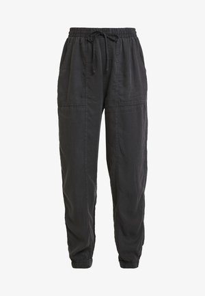CHELSEA LIGHTWEIGHT - Trousers - washed black