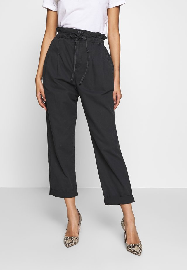 PAPERBAG UTILITY - Trousers - washed black