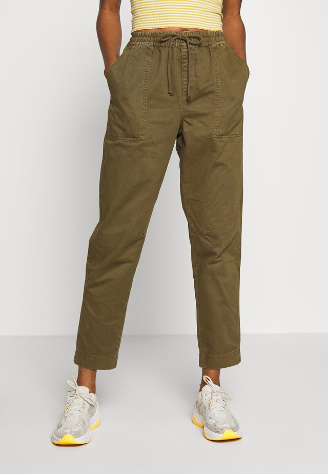 EVIE  - Trousers - dark olive