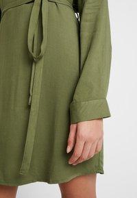 Cotton On - TAMMY LONG SLEEVE DRESS - Blusenkleid - khaki - 5
