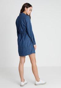 Cotton On - TAMMY LONG SLEEVE DRESS - Skjortekjole - dark denim - 2