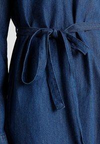 Cotton On - TAMMY LONG SLEEVE DRESS - Skjortekjole - dark denim - 6