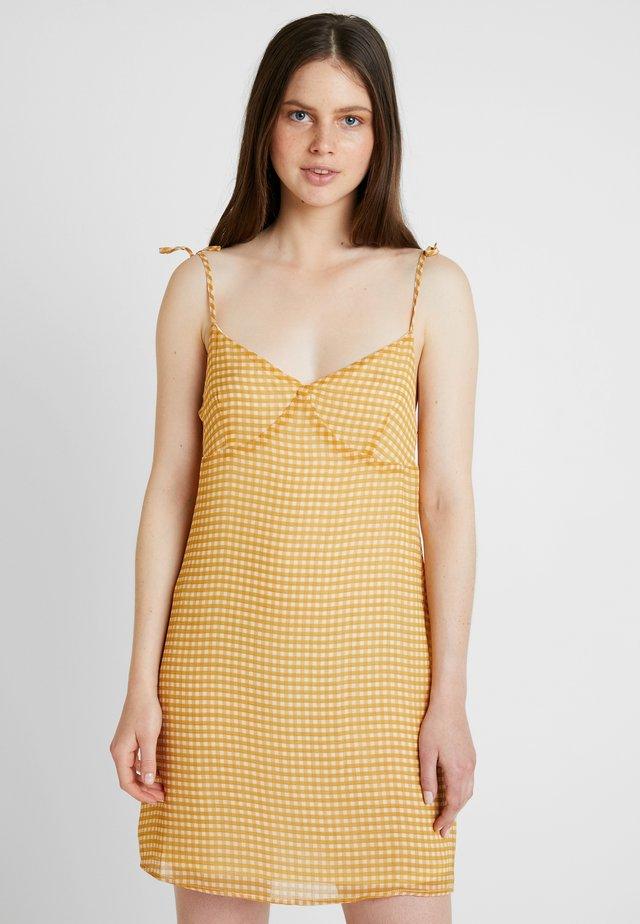 VALENTINE MINI DRESS - Vardagsklänning - dark yellow