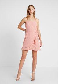 Cotton On - KIKI SUMMER MINI DRESS - Robe d'été - rose tan - 2