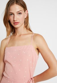 Cotton On - KIKI SUMMER MINI DRESS - Robe d'été - rose tan - 4
