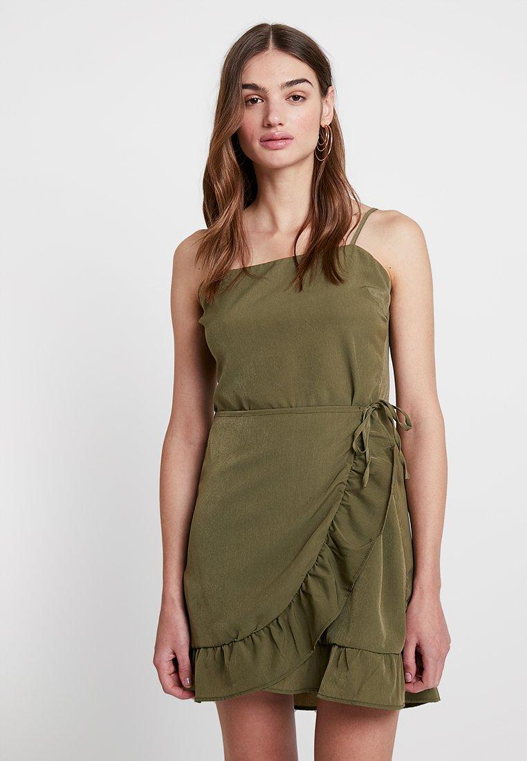 Cotton On - KIKI SUMMER MINI DRESS - Denní šaty - burnt olive